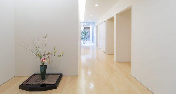 趣味の共有ができる廊下イメージ写真